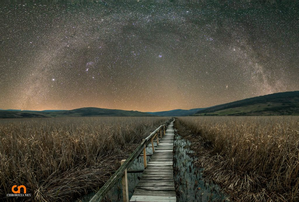 chirobocea nicu travel photographer landscape night milky way roadfotograf profesionist evenimente corporate commercial travel peisaje mountains hills swamp